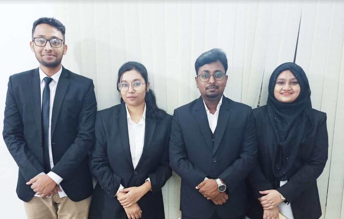 "East West University Moot Court Team has won the ""Champions Trophy"""